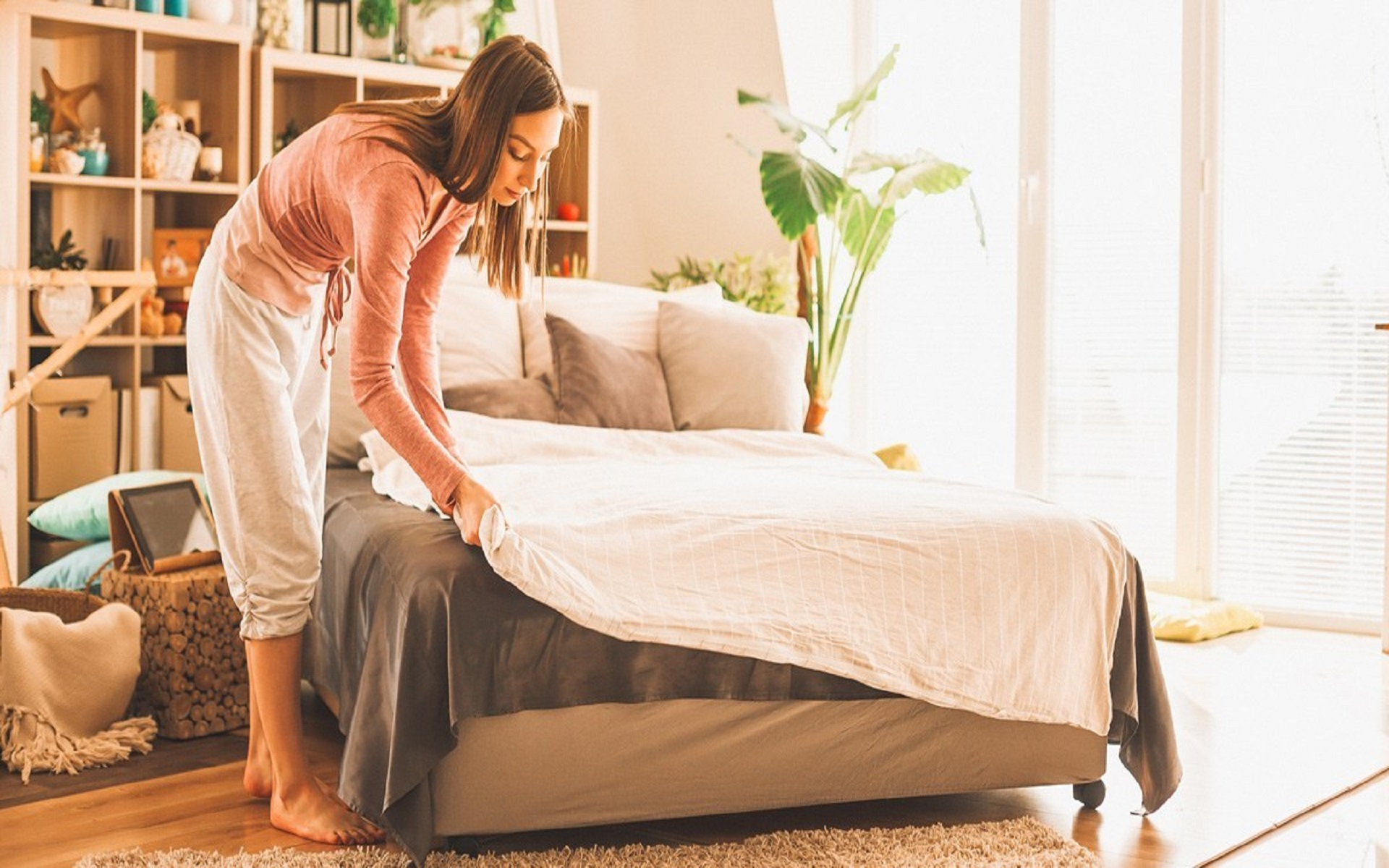 6 Amazing Benefits Of Making Your Bed