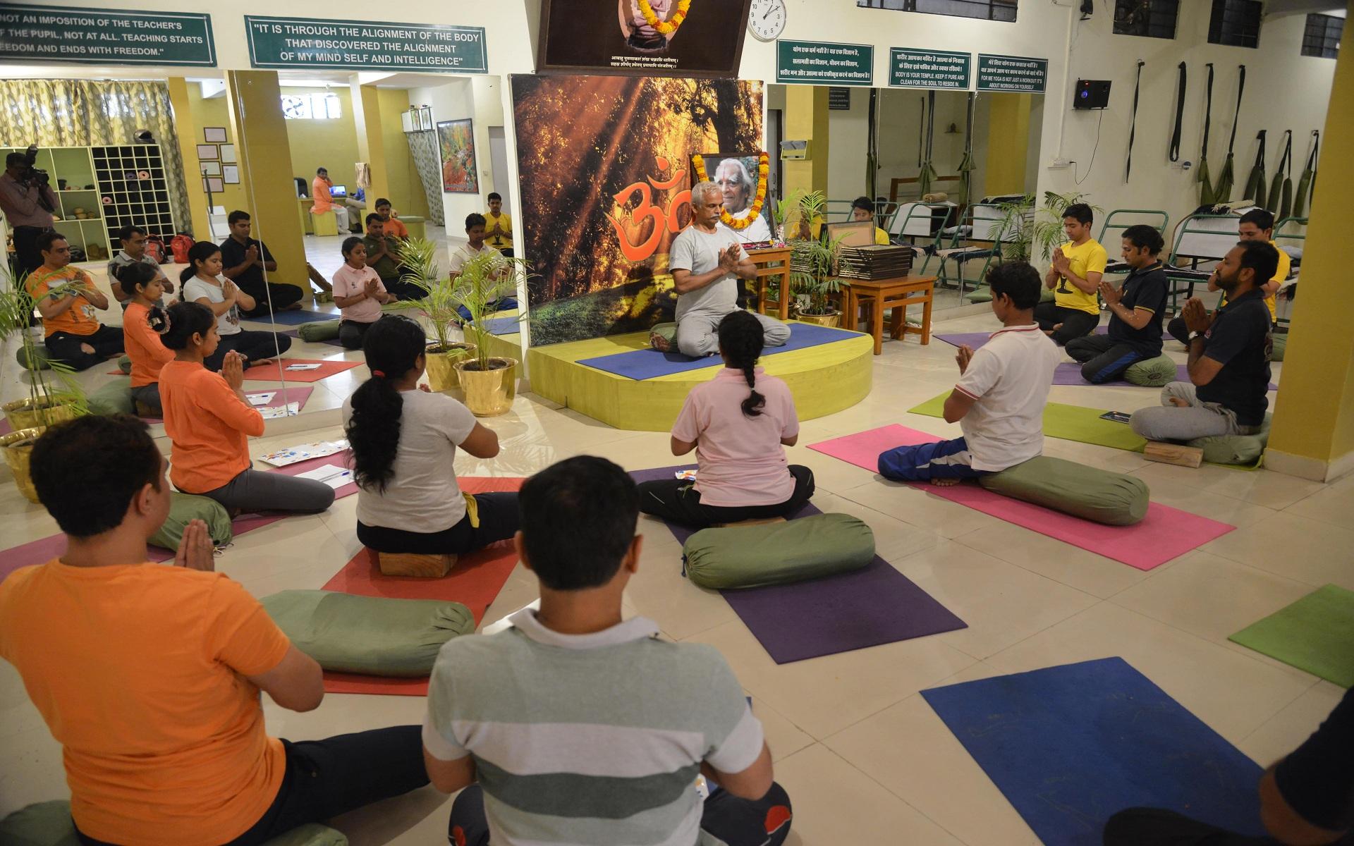 yoga classes in jaipur